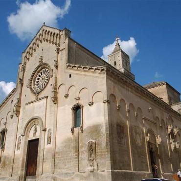 La cattedrale della Madonna della Bruna e di Sant'Eustachio è il luogo di culto cattolico principale di Matera.